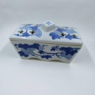 Trinket Incense porcelain dish, grapes pattern