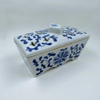 Trinket Incense porcelain dish, vine pattern