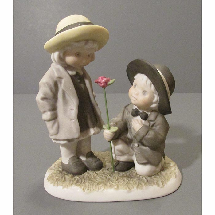 Enesco Pretty as a Picture Be My One and Only Figurine